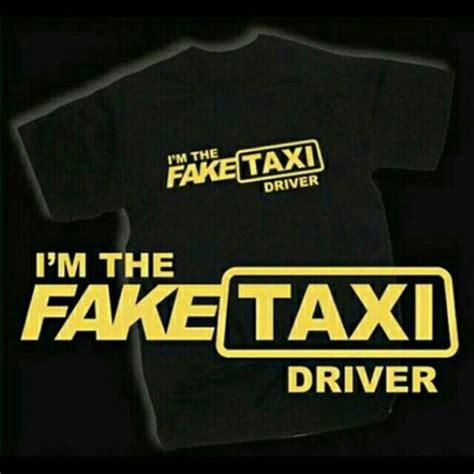 Kaos T Shirt Baju Drift Car Driver saya menjual kaos premium taxi logo black seharga