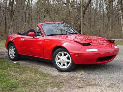 1990 mazda mx 5 miata information and photos zombiedrive 1990 mazda mx 5 miata photos informations articles bestcarmag com