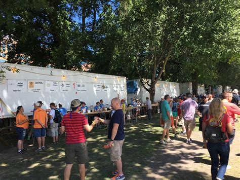 Or Festival 30th Annual Oregon Brewers Festival Returns Through Sunday