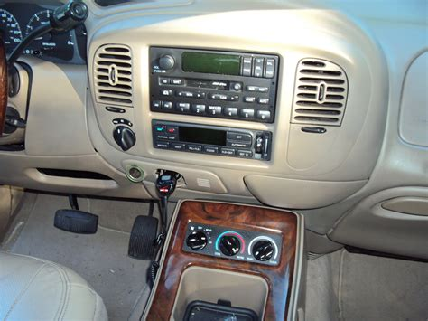 2000 Lincoln Navigator Interior by 2001 Lincoln Navigator Interior Pictures Cargurus