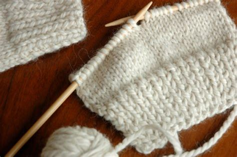 free easy knitting mittens patterns for 2 needles easy 2 needle mitten knitting pattern knitting pattern