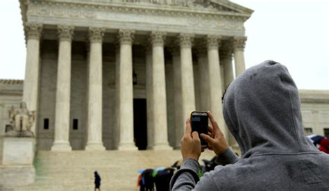 Searching Cell Phones Without A Warrant Can T Search Cell Phones Without Warrant Scotus