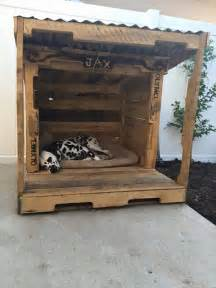 Platform Bed Out Of Pallets How To Make A Dog House Using Pallets In Easy Way