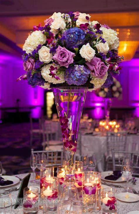 Flowers In Vase Centerpieces by Best 25 Flower Centerpieces Ideas On