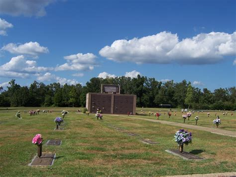 Memorial Gardens Funeral Home Ar by Cemeteries Of Baxter County Ar Baxter Memorial Gardens