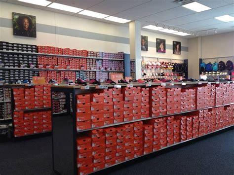 Rack Room Shors by Rack Room Shoes Springfield Mall Va Style Guru Fashion Glitz Style Unplugged