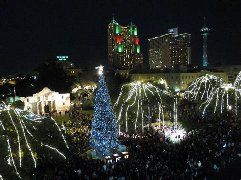 Thousands Of Lights In Store For Day After Thanksgiving Lights Downtown San Antonio