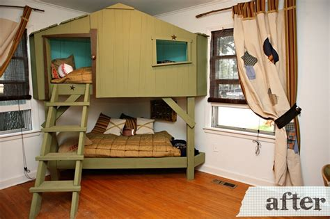 bunk bed tree house tree house bunk beds kid s room pinterest