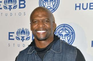 terry crews kevin hart buzzfeed buzzwatch mind bending optical illusions