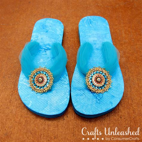 ideas for flip flop craft projects flip flop refashion with mod podge and styled by spelling