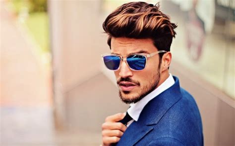 mens hairstyles haircuts 2018 trends mens hairstyle 2018 men s hairstyle trend haircuts