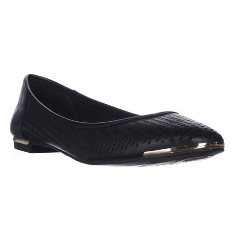 vince camuto shoes flats vince camuto caya pointed toe ballet flats in black lyst