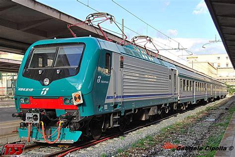 Carrozze Treni Treni Zug Trains E464 2 Carrozze Mdvc Pilota In