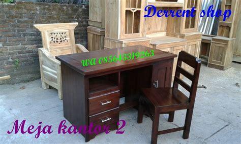 Meja Kayu Akasia jual meja kantor kayu akasia minimalis sing laci dan lemari