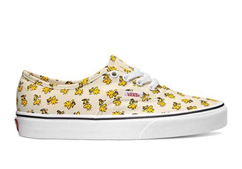 Sepatu Vans X Peanuts look at the peanuts x vans 2017 collection