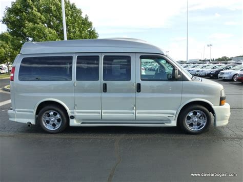 who owns southern comfort pre owned 2004 gmc zconversion van southern comfort rwd