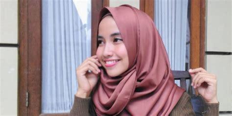 hijab tutorial pashmina velvet sabrina puspita tutorial hijab pashmina velvet rawis