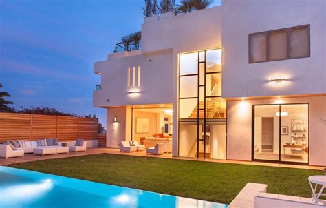 zillow pacific palisades 10 stunning modern mansions for sale in la