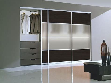 Ikea Closet Doors Sleek Sliding Doors Closets Ikea Walk In Closet Room Pinterest Sliding Doors