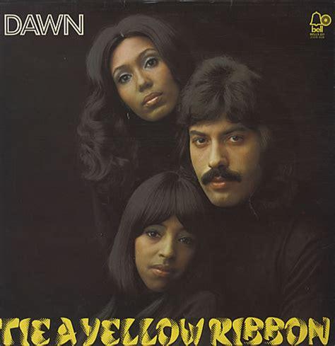 tie a yellow ribbon tony orlando y 1973 trabajadores