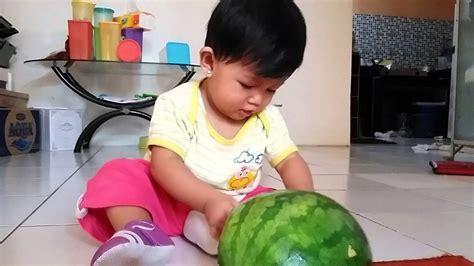 Semangka Baby bayi lucu makan semangka baby watermelon