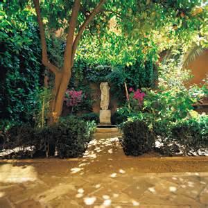 patios y jardines casa palacio de carmona