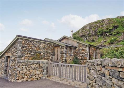 Self Catering Cottages Wales by Bwthyn Llwynog Beddgelert Rental