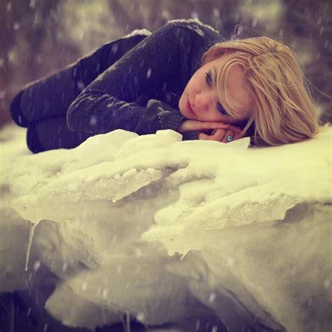 images of love girl sad wallpapers sad girls crying sad girls sleeping