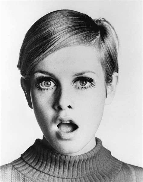 the two faces of twiggy at 59 how airbrushing in olay ad 1966 my favorite year twiggy