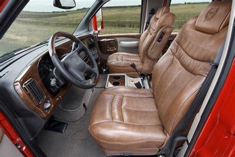Gmc C4500 Interior by 2009 Chevrolet Kodiak Interior 77535 Photo 4 Trucktrend