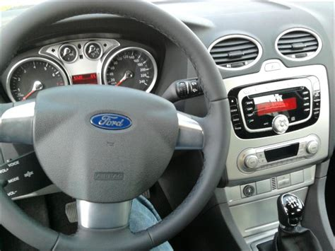 interni ford focus ford focus ikon 1 6 gpl 5p white frozen