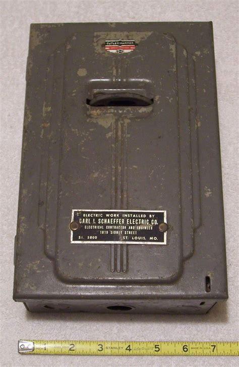 vintage  cutler hammer  amp electrical fuse box box