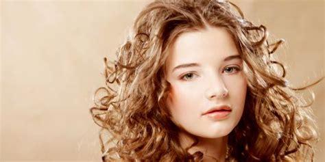 Hair Dryer Untuk Rambut Keriting 7 tips merawat rambut keriting merdeka