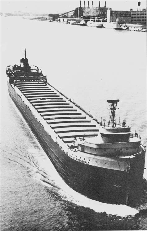 Largest Ship To Sink In The Great Lakes by The Tragic Sinking Of The Ss Edmund Fitzgerald The