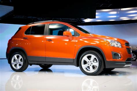 suv for short women crossover suv chevy trax in photos 18 red hot lease