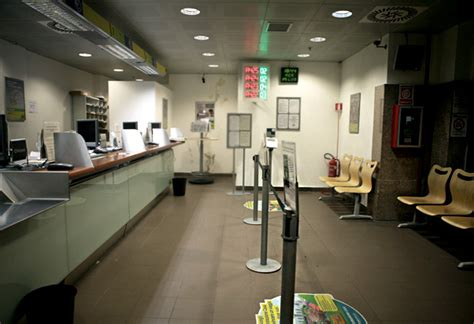 ufficio postale roma termini poste italiane piano terra centrale