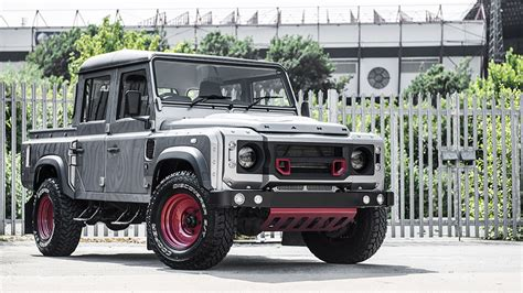 kahn land rover defender 110 custom kahn land rover defender 110 makes impressive debut