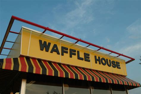 waffle house delivery waffle house teams with roadie app to sling parcels and a side of hash pcworld