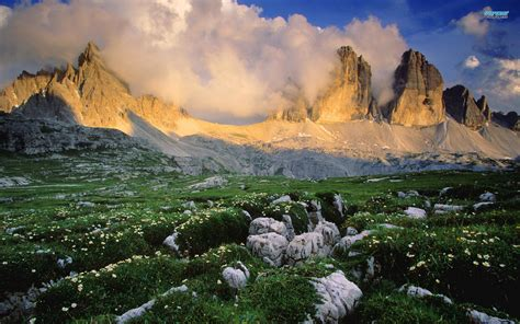 Dolomite Mountains | dolomites italy canuckabroad places