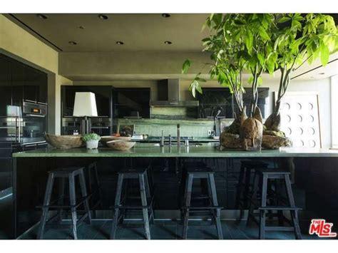 ellen degeneres kitchen update ellen slashes 1 million from price on two la