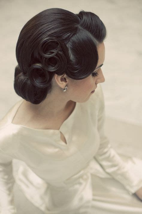 Vintage Updo Hairstyles Pinterest 1000 Ideas About 1950s Updo On 1950s Makeup