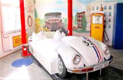 car themed furniture driving a new trend