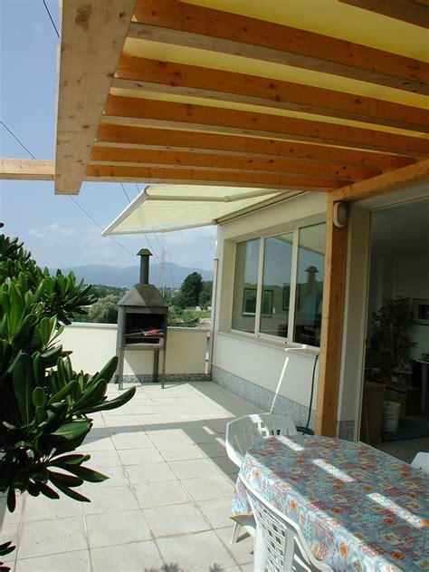 tettoie balconi tettoie per giardino in legno lamellare
