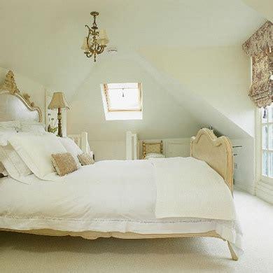 best light color for sleep 2014 beyaz yatak odası dekorasyonu 214 rnekleri 6