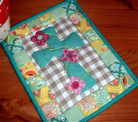 You To See Easter Table Runner By Allthatpatchwor - the patchsmith quilting gallery mug rug