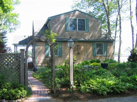 charming oceanfront maine cottage vrbo