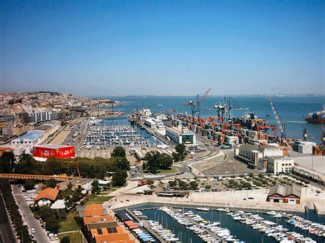 capitale portogallo porto beautiful capital perched at the edge of the atlantic
