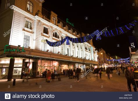 newcastle northumberland street christmas uk tyneside newcastle upon tyne northumberland fenwicks store stock photo royalty free