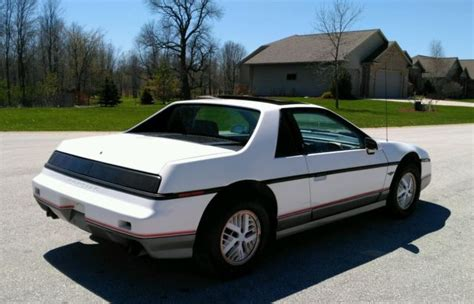 automotive service manuals 1984 pontiac fiero seat position control 1984 pontiac fiero indy 500 pace car 1 owner low mi 4 speed 30mpg look no reser
