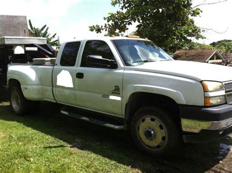 how cars engines work 2004 chevrolet silverado 3500 lane departure warning service manual how does cars work 2004 chevrolet silverado 3500 seat position control